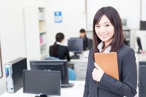 asian businesswomen working in the office
